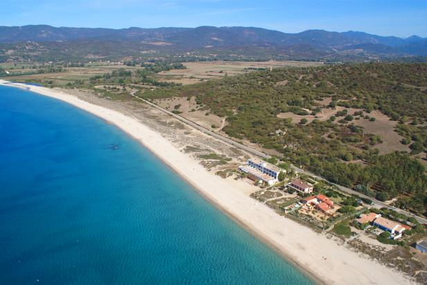 A vendre superbe villa en corse du sud 2a avec piscine vue sur mer et jardin arbor by new3s - Villa corse du sud ...